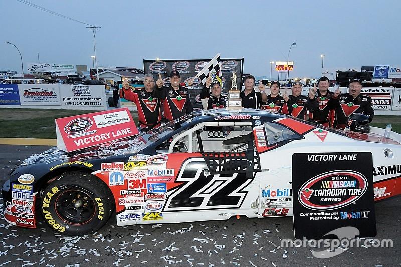Scott Steckly triomphe dans l'Ouest en série NASCAR Canadian Tire