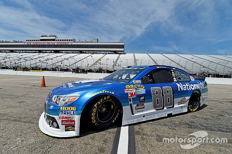 Earnhardt, Patrick bury the hatchet