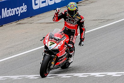 Davies regala la doppietta alla Ducati dopo tre anni!