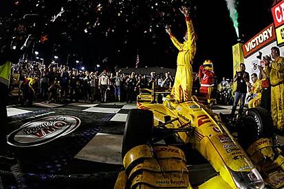 Ryan Hunter-Reay ritrova la vittoria all'Iowa Speedway