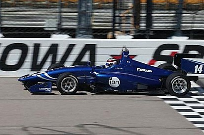 Max Chilton firma la pole e la dedica a Jules Bianchi