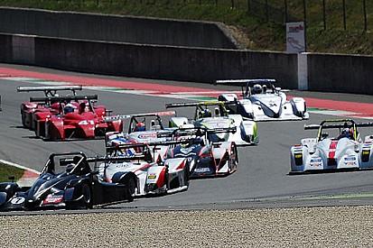 Mondini vince Gara 1 e sale in vetta al campionato
