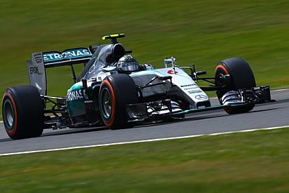 Silverstone, Q2: Rosberg rimette davanti la Mercedes