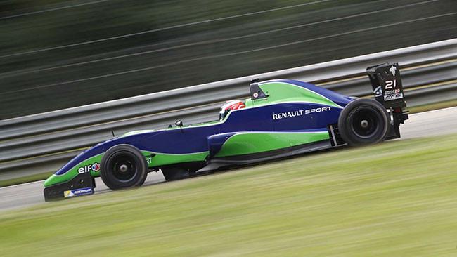 Vasily Romanov centra la prima pole a Monza