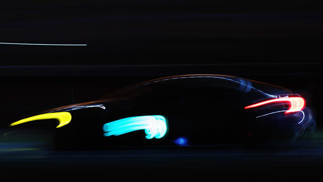 Le Mans, 12° ora: Bagarre spettacolare Rees-Gavin