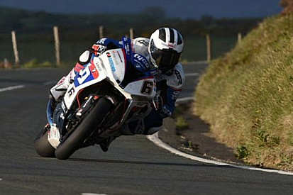 William Dunlop fuori dal Tourist Trophy 2015
