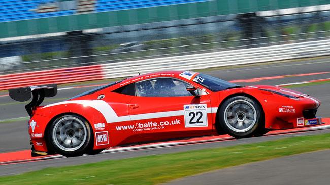 La Ferrari della Balfe Motorsport in pole in gara 2