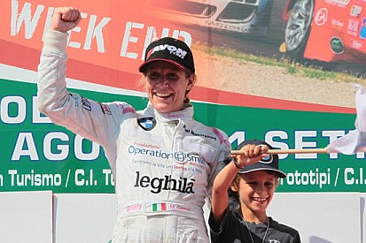 Michela Cerruti con la ROAL Motorsport a Monza