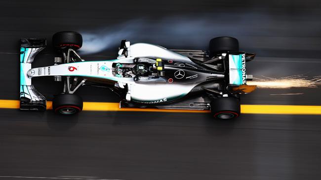 Monaco, Q1: Rosberg davanti, Bottas escluso