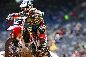 Supercross Ultime notizie Eli Tomac cala il tris ad East Rutherford