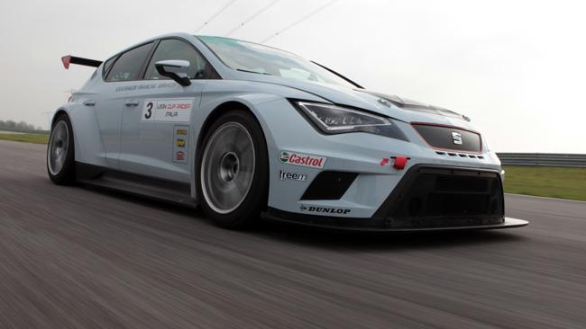 Leon Cup Racer: c'è un ruggito che squarcia il silenzio!