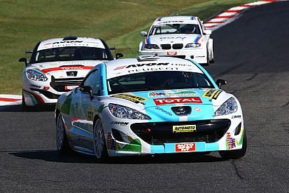 Vittoria di classe per la Peugeot RCZ a Vallelunga