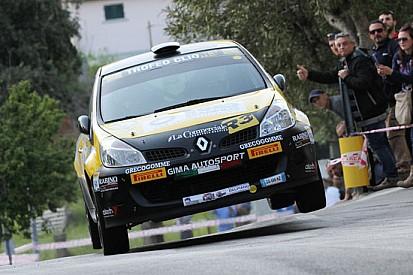 Roberto Vescovi vince all'Elba nel Trofeo Clio R3 IRC