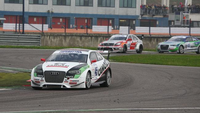 Gianni Morbidelli trionfa in gara 1 a Franciacorta