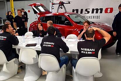 #JukeRide: Nissan mette il pilota nella telemetria