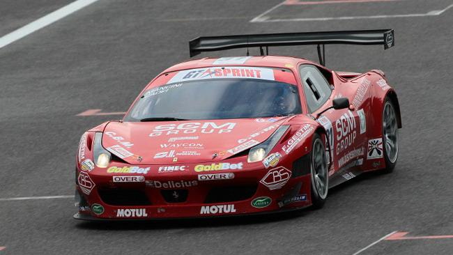 Niki Cadei e la Ferrari 458 siglano Gara 1