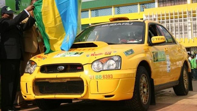 Giancarlo Davite al via dello Zimbabwe Rally