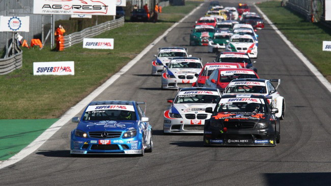 Ci sarà anche Nicola Larini in gara a Vallelunga