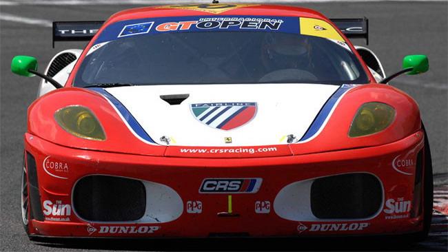 A muro le Ferrari dell'AF Corse, vince quella del CRS