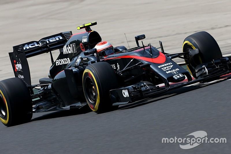 Q1 Hongrie - Hamilton bat Rosberg, Button éliminé
