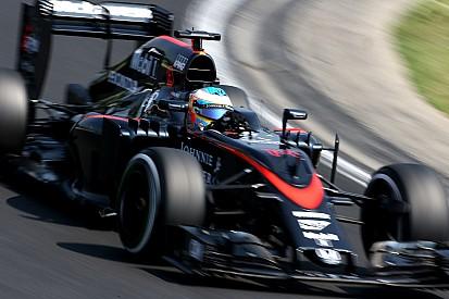 Alonso, qui visait le Top10, a poussé sa voiture pour rien!