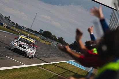Britcar Sports: Demarchi vince a Donington Park