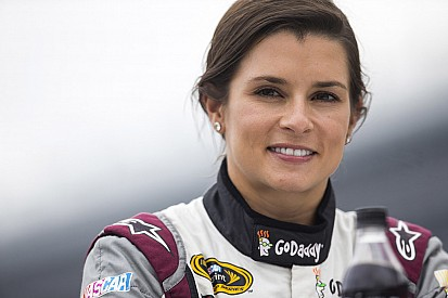 Danica close to new deal with Stewart-Haas Racing