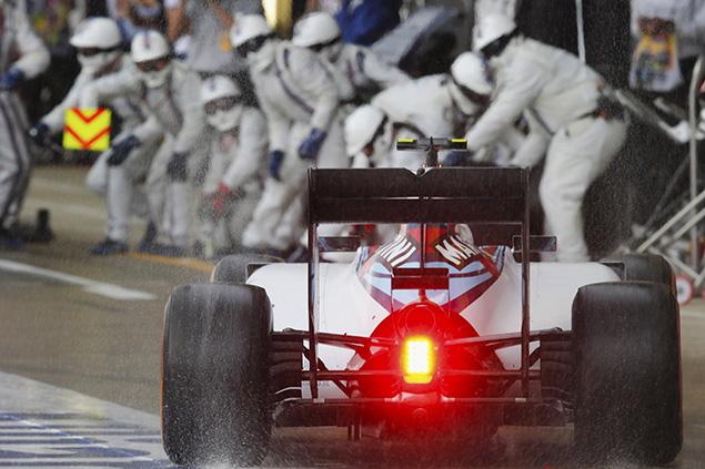 بوتاس: فريق ويليامز سيتعلّم الدروس من سباق بريطانيا