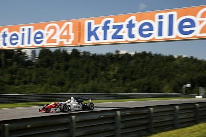 Dennis ultrapassa Rosenqvist na largada e vence corrida 1 na Áustria