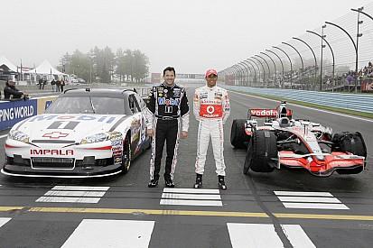 Hamilton na NASCAR? Veja outros pilotos de F1 que já se aventuraram nos EUA