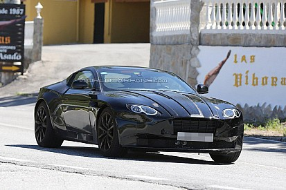 Spyshots - L'Aston Martin DB11 surprise en totalité