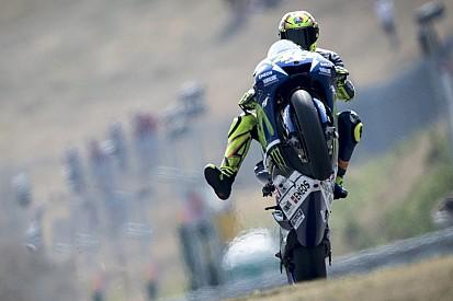 Rossi - D'habitude je regarde Jorge et Marc depuis la 3e ligne