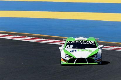 Felipe Guimarães vence de ponta a ponta corrida 1 em Goiânia