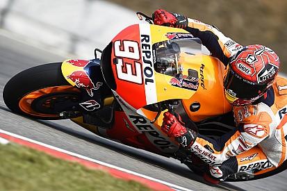 """Márquez revela que """"poderia ter caído"""" se tivesse seguido ritmo de Lorenzo"""