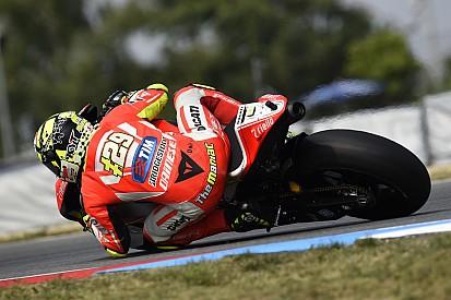 Un problème technique prive Iannone d'une bagarre contre Rossi