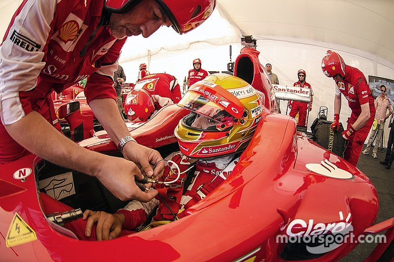 Esteban se une a las felicitaciones para Ferrari