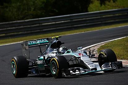 EL1 - Rosberg devant, Maldonado dans le mur