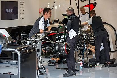 Пилоты McLaren и Sauber получили новые моторы
