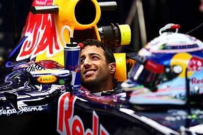 """Ricciardo dice que necesita """"una mano"""" para pelear por la victoria"""