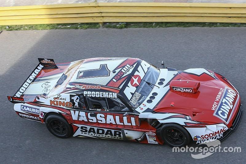 Rossi dominó el viernes de TC en Olavarría