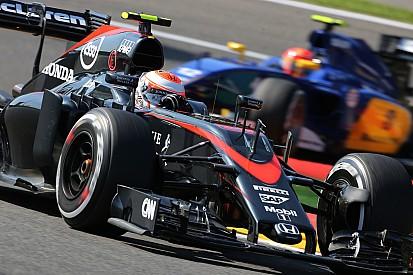 McLaren - 105 places de pénalités avec un deuxième changement moteur!