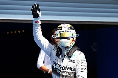 Belgian GP: Hamilton stars to beat Rosberg, disaster for Ferrari