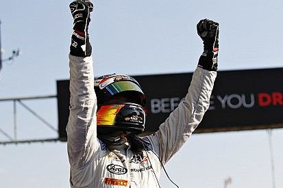 Spa GP2: Vandoorne stays clear of carnage to seal home win