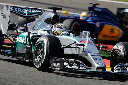 Líder, Hamilton amplia vantagem para Rosberg; veja tabela