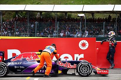 I could have challenged Grosjean, says Ricciardo