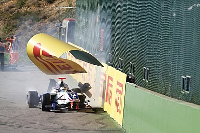 باري ينتقد سيّارات جي بي 3 بعد حادث سبا