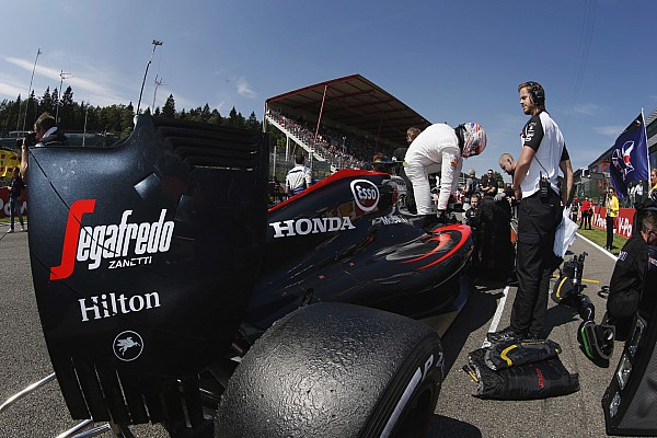 """Button define corrida em Spa como """"embaraçosa"""" após falha no ERS"""