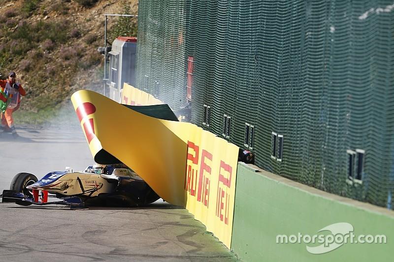 Piloto da GP3 critica organização após ser atingido por pneu