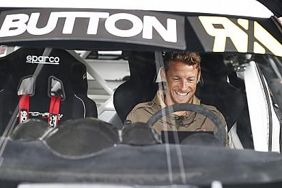 F1 ace Jenson Button tests Mini and VW Beetle rallycross cars