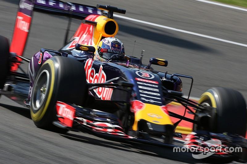Анализ: почему моторы Mercedes настолько нужны Red Bull